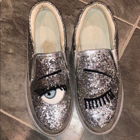 Wild Diva Shoes - SPARKLE EYELASH DESIGN SNEAKERS